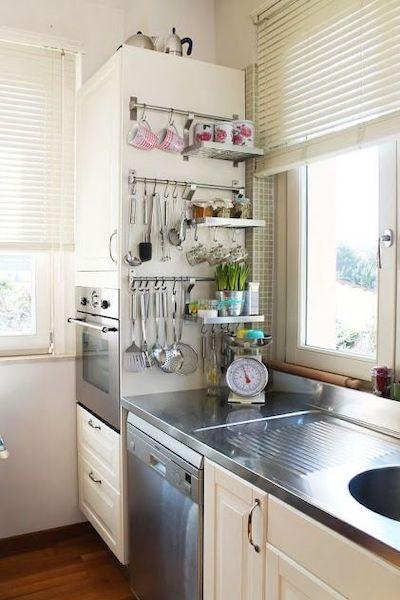 portaoggetti salvaspazio cucina piccola