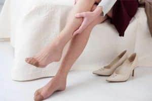 impacchi aceto gambe gonfie