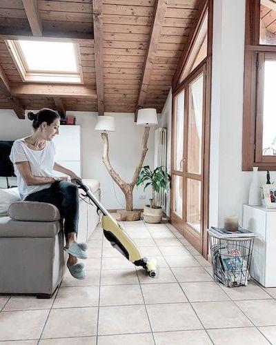 lavasciuga pavimenti caratteristiche