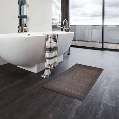 tappeto legno bagno