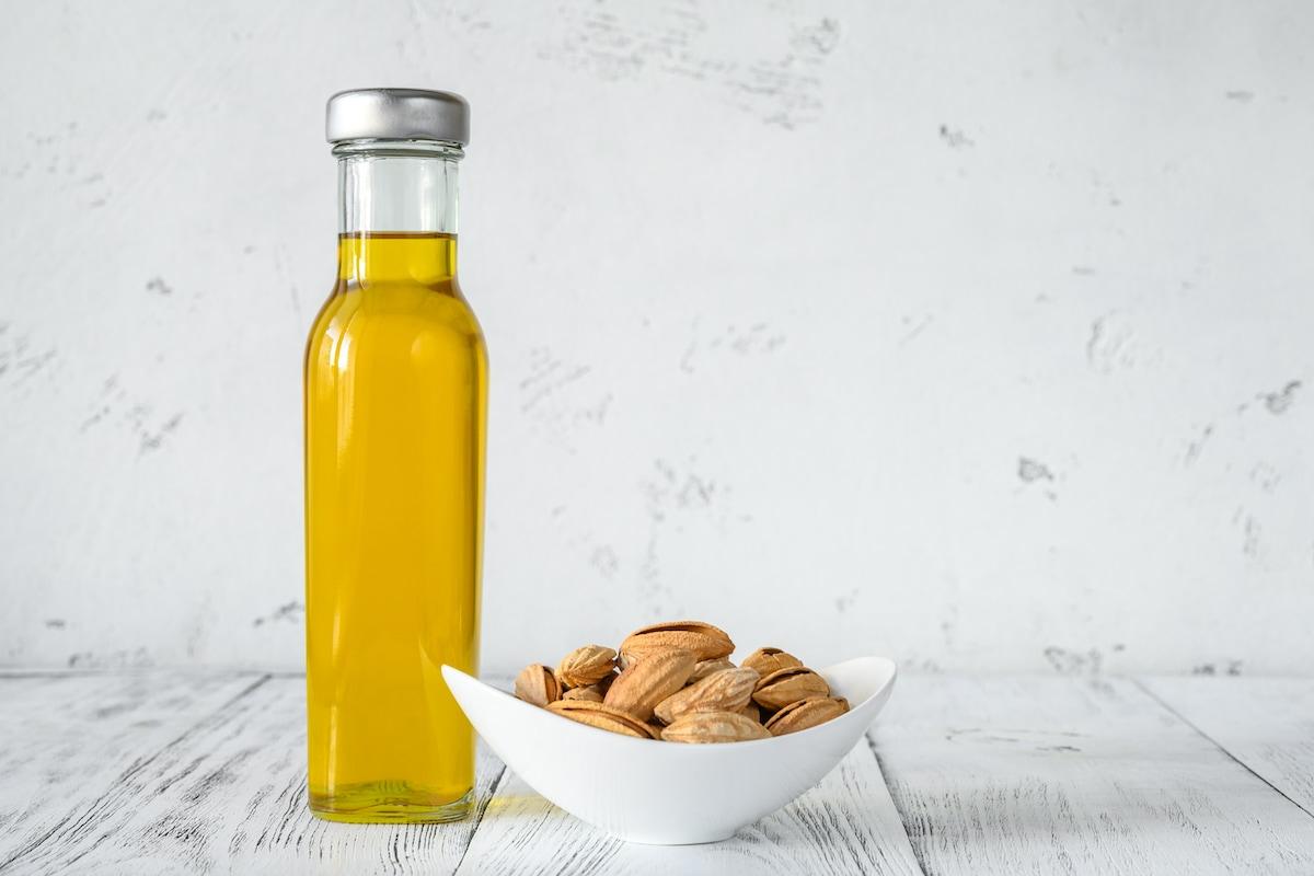 olio di mandorle uso alimentare