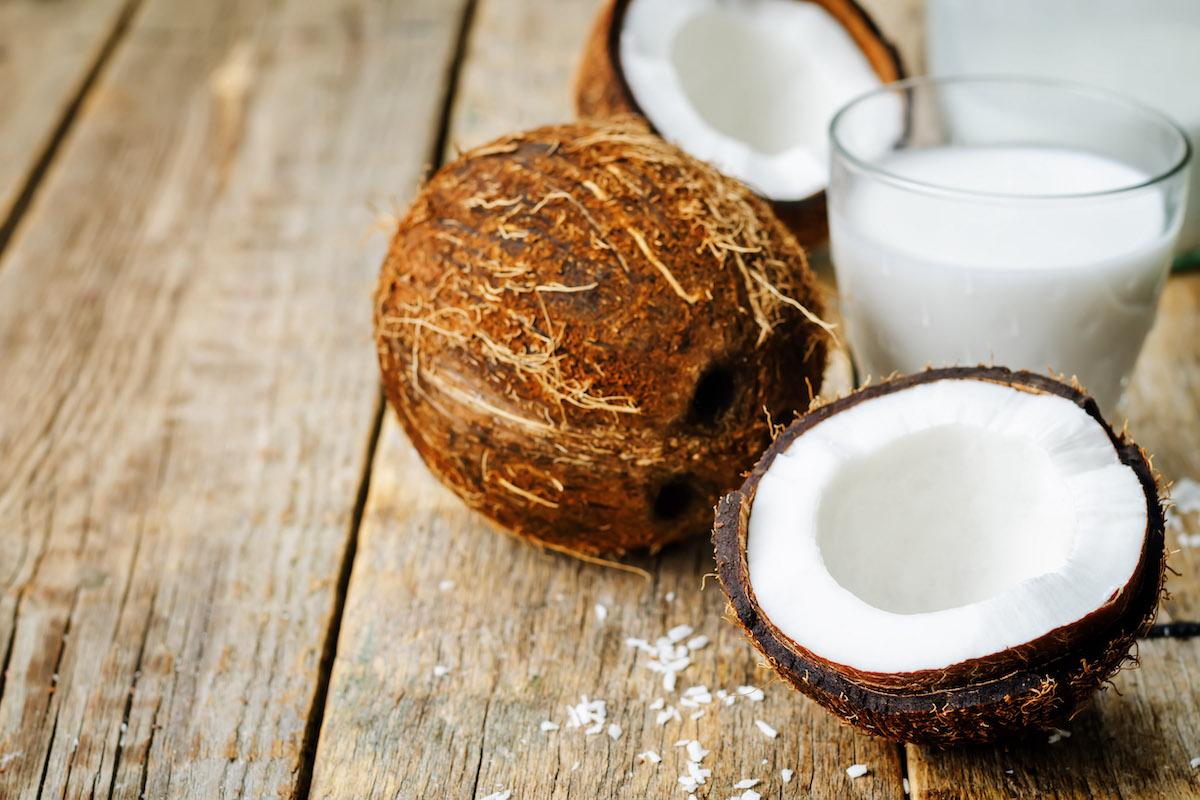 latte con farina di cocco