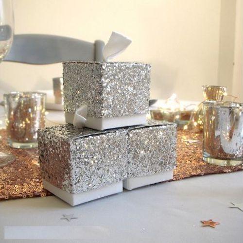 scatole decorate con paillettes