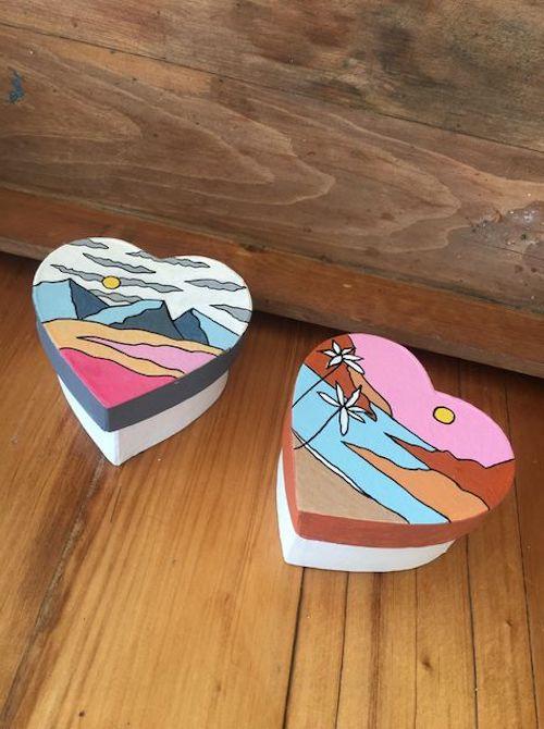 scatole dipinte a mano